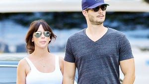 Jennifer Love Hewitt's Fiancé Accused of Battery by Photographer
