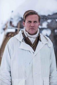 Tobias Santelmann as Ragnar
