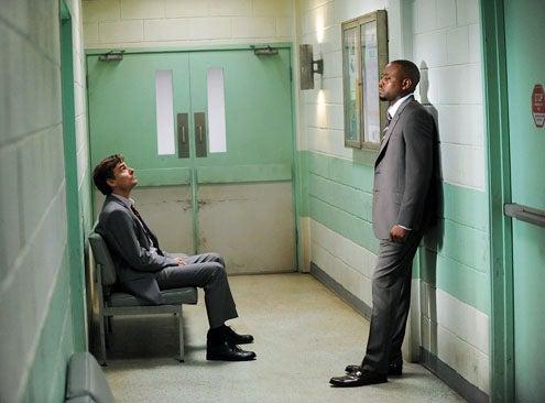 """House - Season 8 - """"Swan Song/Everybody Dies"""" - Robert Sean Leonard and Omar Epps"""