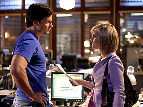 "Smallville - Season 8, ""Prey"" - Tom Welling as Clark, Allison Mack as Chloe"