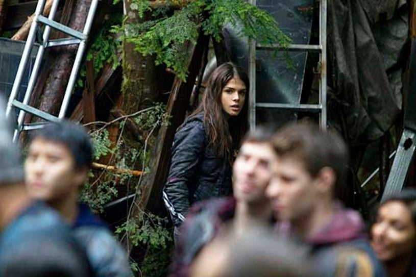 """The 100 - Season 1 - """"Unity Day"""" - Marie Avgeropoulos"""