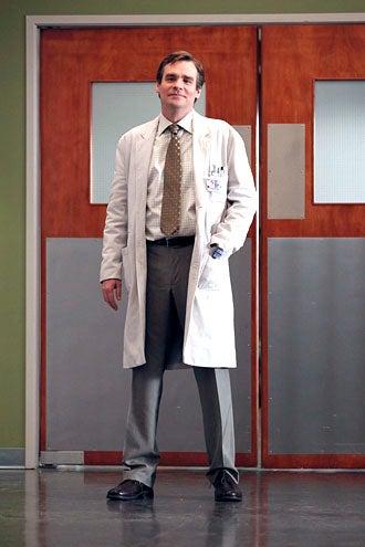 "House - Season 7 - ""Recession Proof"" - Robert Sean Leonard as Wilson"