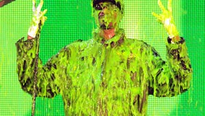 Kids' Choice Awards: Snoop Dogg Makes Surprise Appearance and Gets Slimed