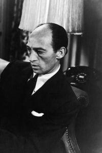 George E. Stone as Lefty