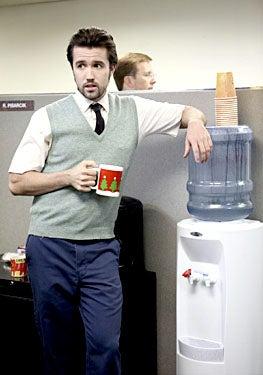 """It's Always Sunny in Philadelphia - Season 4, """"Sweet Dee Has a Heart Attack"""" - Rob McElhenney as Mac"""