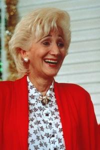 Olympia Dukakis as Aunt Vicky