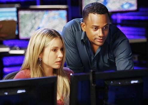 """CSI: NY - Season 6 - """"Dead Reckoning"""" - Sarah Carter, Hill Harper"""