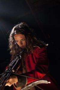 Kaya Scodelario as Anna Salter