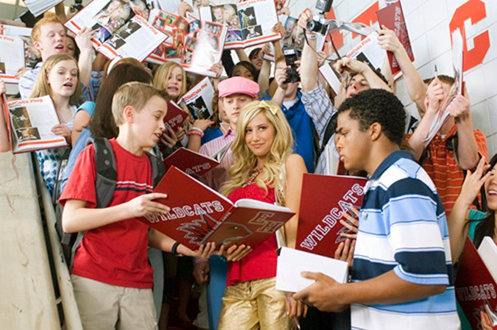 High School Musical 2 - Ashley Tisdale, Lucas Grabeel , Chris Warren Jr.