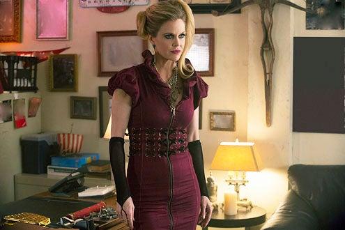 """True Blood - Season 5 - """"Save Yourself"""" - Kristin Bauer van Straten"""