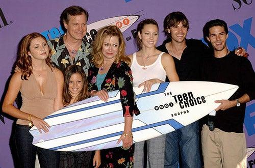 Beverley Mitchell, Stephen Collins, MacKenzie Rosman, Catherine Hicks, Jessica Biel, Barry Watson, Adam Lavorgna - The 2001 Teen Choice Awards, August 12, 2001