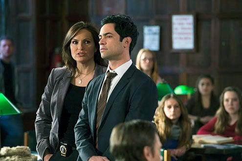 """Law & Order: Special Victims Unit - Season 14 - """"Girl Dishonored"""" - Mariska Hargitay and Danny Pino"""