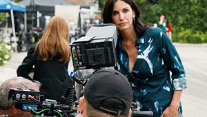 First Look: Courteney Cox Directs Cougar Town