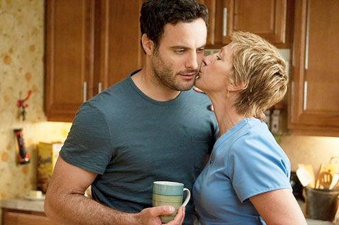 """Nurse Jackie - Season 3 - """"Play Me"""" - Dominic Fumusa and Edie Falco"""