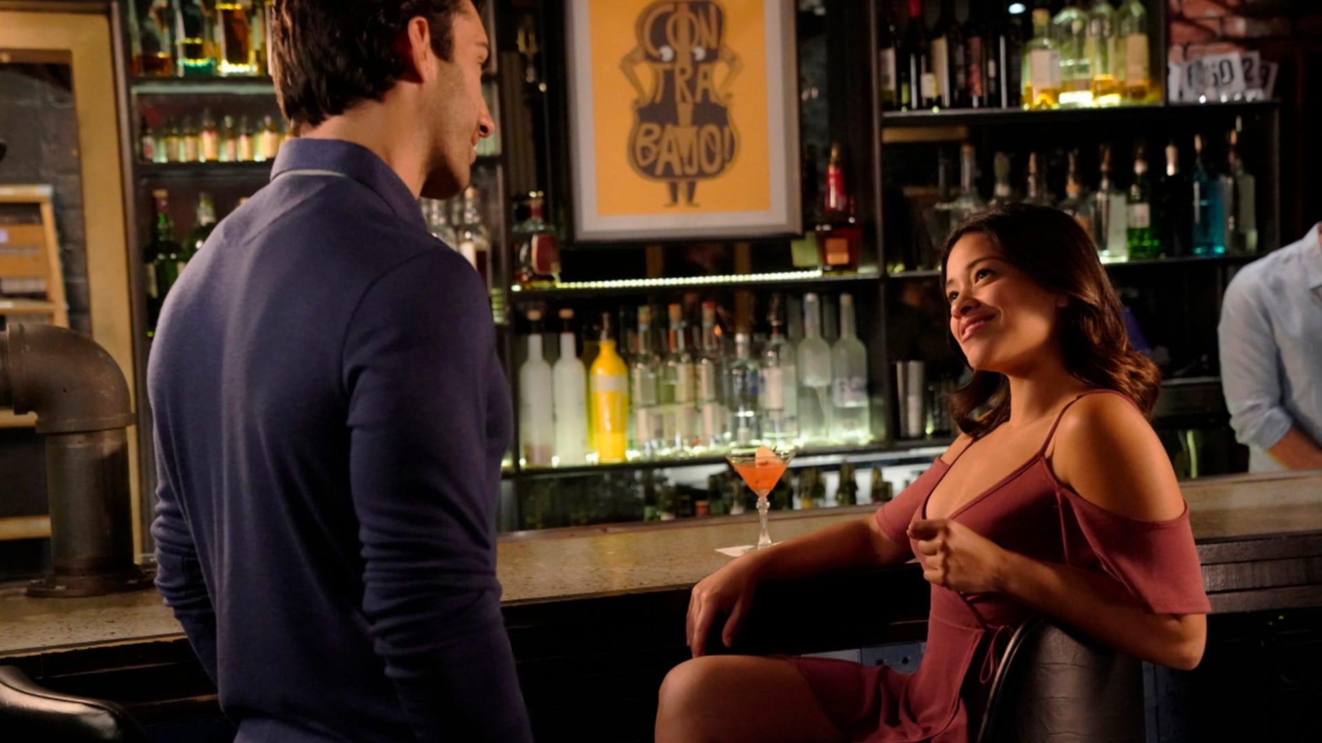 Justin Baldoni and Gina Rodriguez, Jane the Virgin