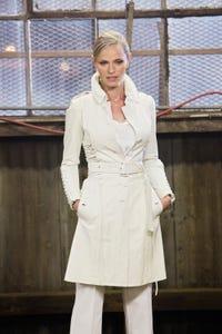 Rachel Roberts as Alda Hertzog