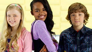 China Anne McClain Grows Up Fast as an 11-Year-Old High Schooler in Disney's A.N.T. Farm