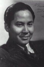Keye Luke as Chang