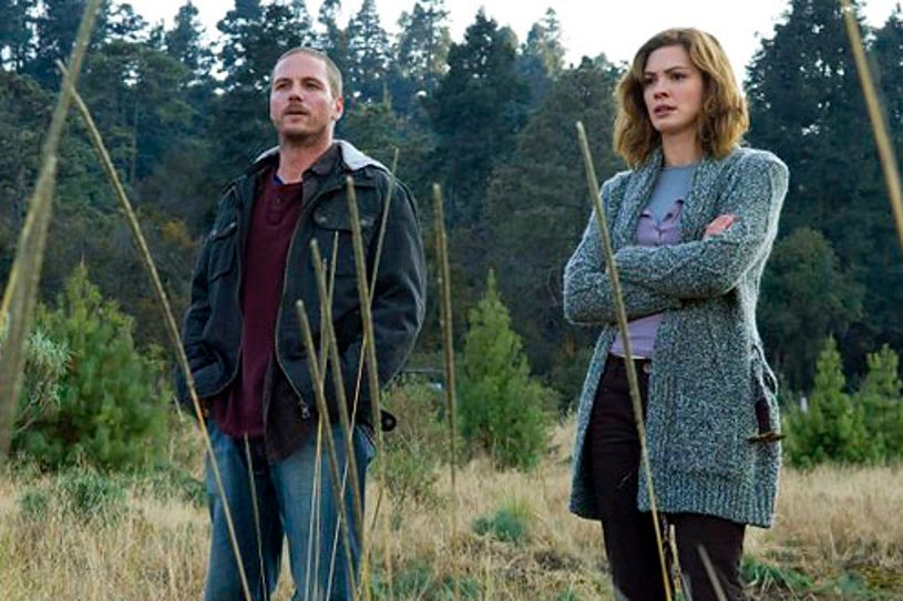 """Persons Unknown - Season 1 - """"Exit One"""" - Jason Wiles as Joe and Daisy Betts as Janet"""