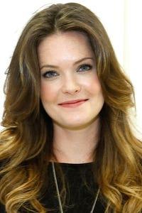 Meghann Fahy as Jenny Aschler