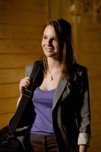 Shannon Lucio as Lindsay
