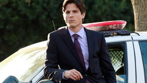 First Look: Pretty Little Liars' New Hot Cop