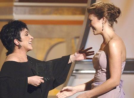 Mandy Moore presents Vanguard Award to Liza Minnellli - The 16th Annual GLAAD Media Awards Hollywood, April 30, 2005