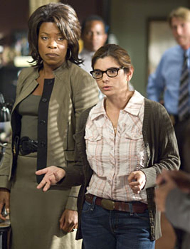 "Saving Grace - Season 1, ""Is There a Scarlet Letter on My Breast?"" - Lorraine Toussaint as Kate, Laura San Giacomo as Rhetta"
