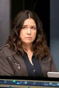 Amy Farrington as Mary