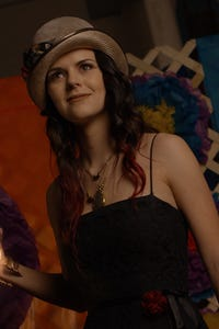 Britt Flatmo as Amy