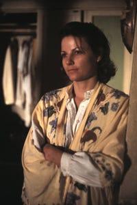 Lisa Eichhorn as Dr. Patricia Leonard