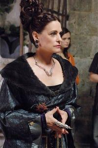 Leslie Wing-Pomeroy as Dr. Goodwyn