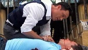 "Burn Notice Boss Matt Nix on Major Death: ""Michael's Dancing Really Close to the Edge"""