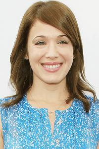Marla Sokoloff as Glenda Castillo