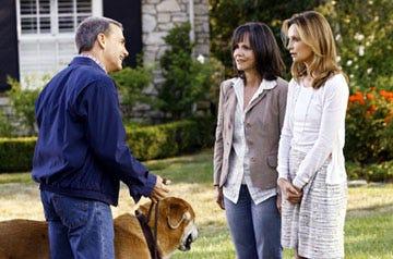 "Brothers & Sisters - Season 3, ""Bakersfield"" - David Andrews as George Lafferty, Sally Field as Nora, Calista Flockhart as Kitty"