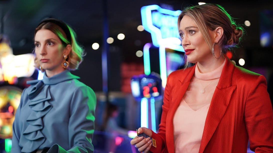 Molly Bernard and Hilary Duff, Younger