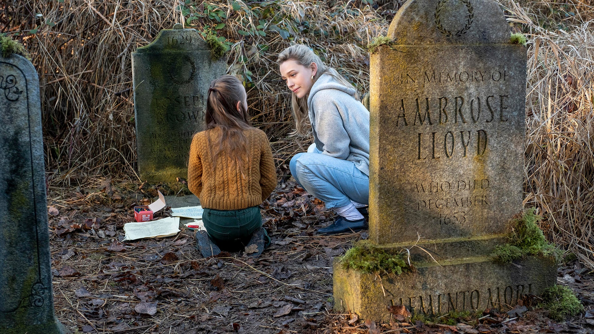 Amelie Smith and Victoria Pedretti, The Haunting of Bly Manor