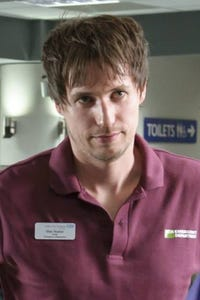 Jamie Davis as Mark Grainger