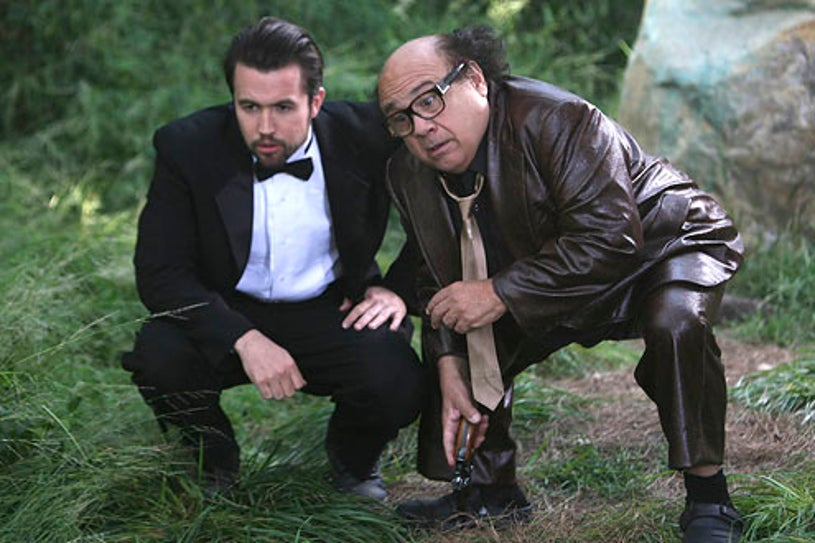 """It's Always Sunny in Philadelphia - Season 6 - """"The Gang Gets Stranded in the Woods"""" - Rob MacEllhenney and Danny DeVito"""
