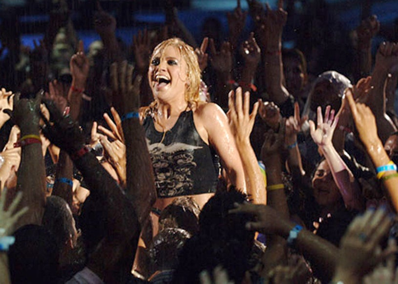 Kelly Clarkson - The 2005 MTV Video Music Awards, August 28, 2005