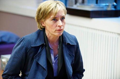 Luther - Season 1 - Saskia Reeves