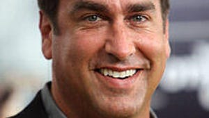 Rob Riggle to Lead CBS' Home Game