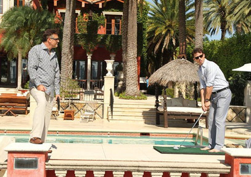 """Burn Notice - Season 5 - """"Square One"""" - Bruce Campbell as Sam Axe and Jeffrey Donovan as Michael Westen"""