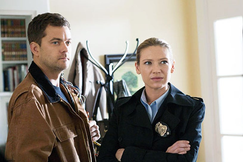 "Fringe - Season 4 - ""And Those We've Left Behind"" - Joshua Jackson as Peter Bishop and Anna Torv as Olivia Dunham"