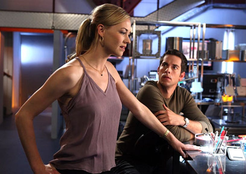 "Chuck - Season 4 - ""Chuck vs. the Suitcase"" - Yvonne Strahovski as Sarah Walker and Zachary Levi as Chuck Bartowski"