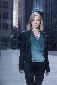 Erin Way as Avery Schultz