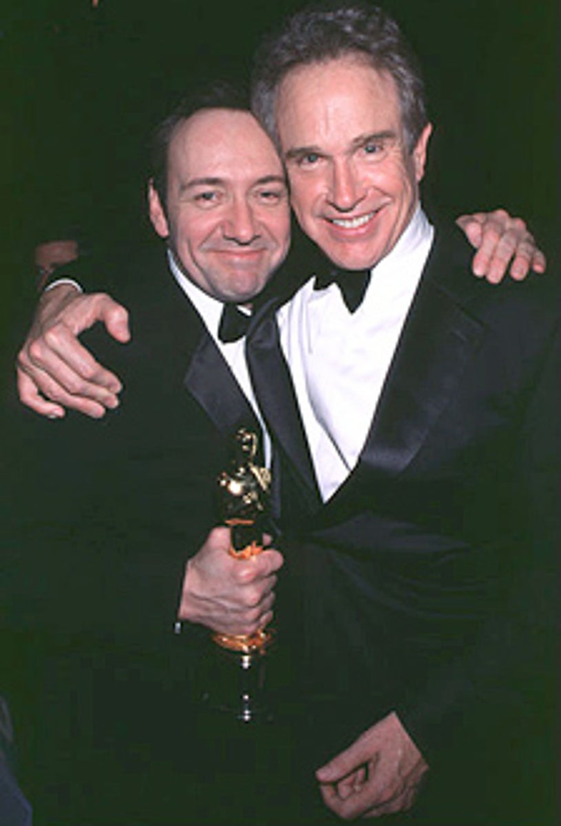 Kevin Spacey & Warren Beatty - The 72nd Annual Academy Awards Governers Ball, March 26, 2000