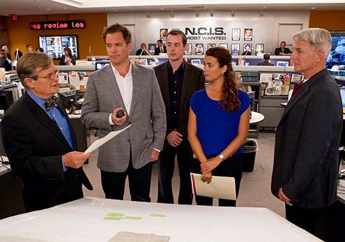 "NCIS - Season 10 - ""Phoenix"" - David McCallum, Michael Weatherly, Sean Murray, Cote de Pablo and Mark Harmon"