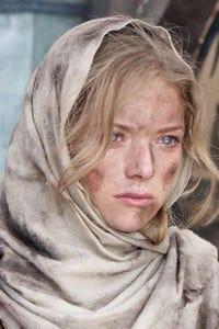 Antonia Bernath as Susan Borman