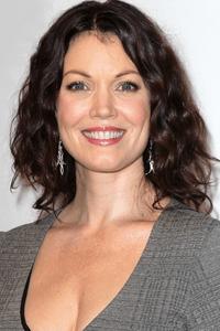 Bellamy Young as Sarah Paulson